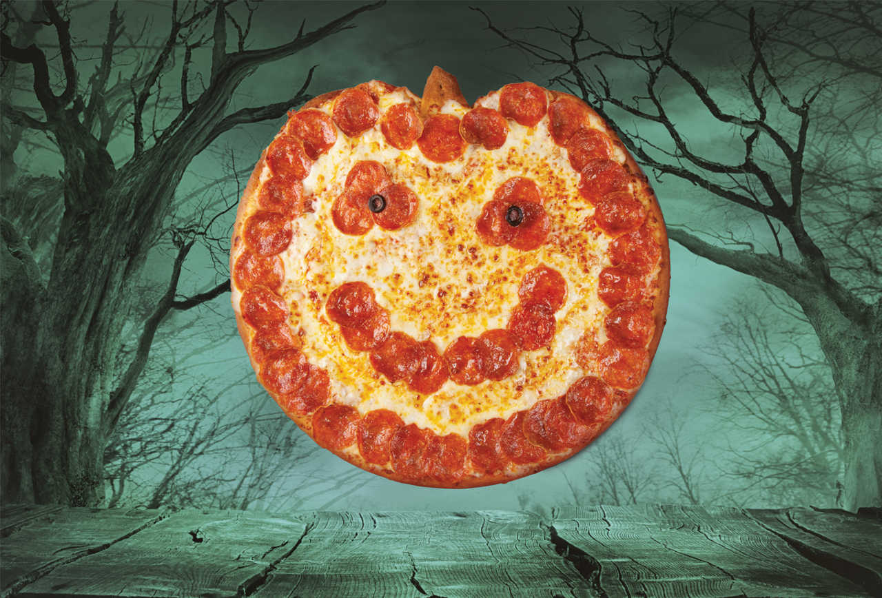 Photo of Papa John's Is Selling Jack-O-Lantern Pizza For Halloween