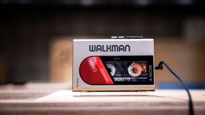 Photo of Sony releases a Walkman for its 40th anniversary