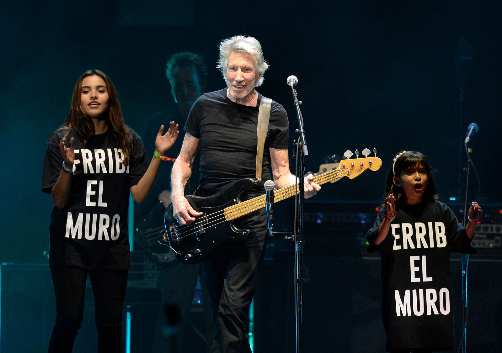 Photo of Roger Waters to give keynote speech at 2020 SXSW festival; says he may launch his last arena tour next year